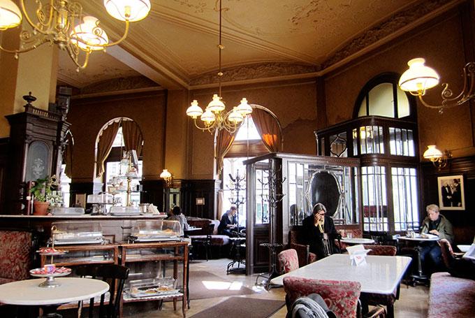 Café Sperl, Vienna © La Citta Vita