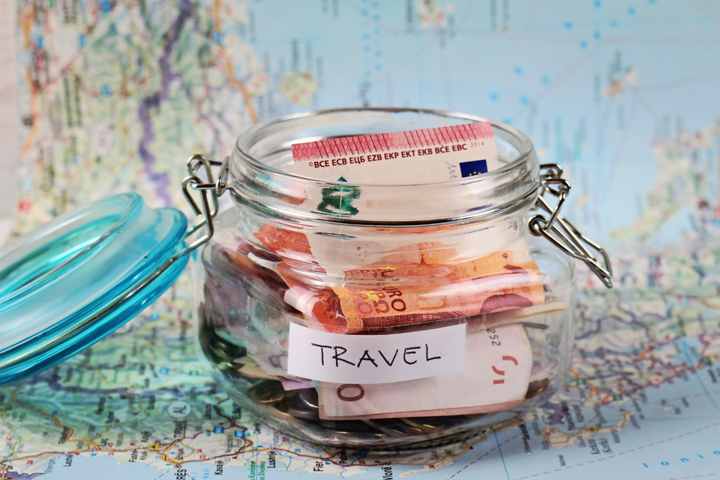 How much does a round the world ticket usually cost?